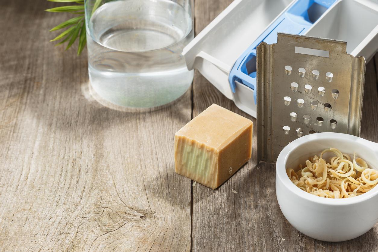 Paillettes copeaux de savon de Marseille pour lessive