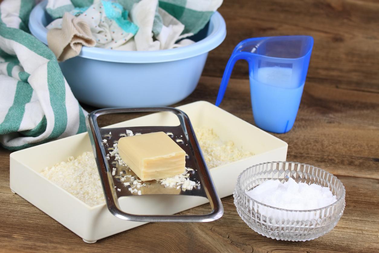 lessive en poudre ou liquide maison au savon de Marseille