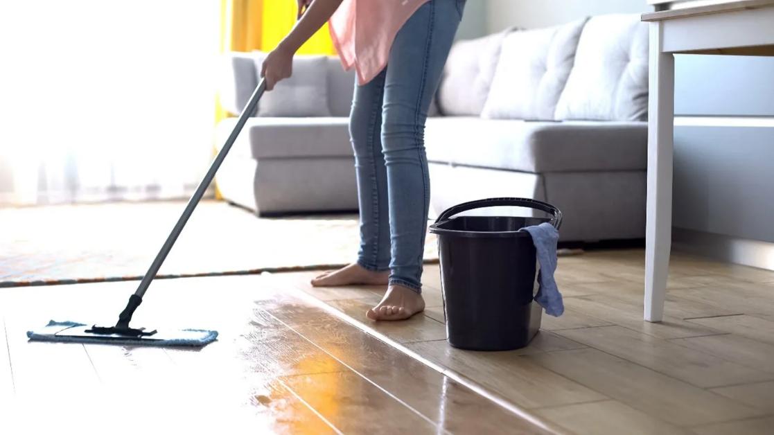 nettoyer nettoyage sol en lino
