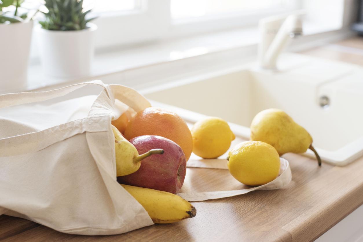nettoyer fruits et légumes lavabo