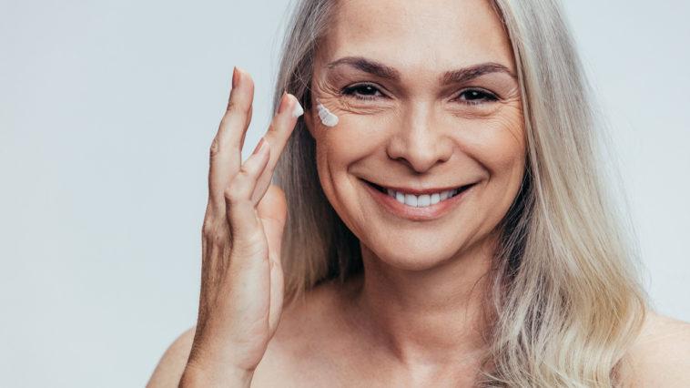 crème antirides anti-âge