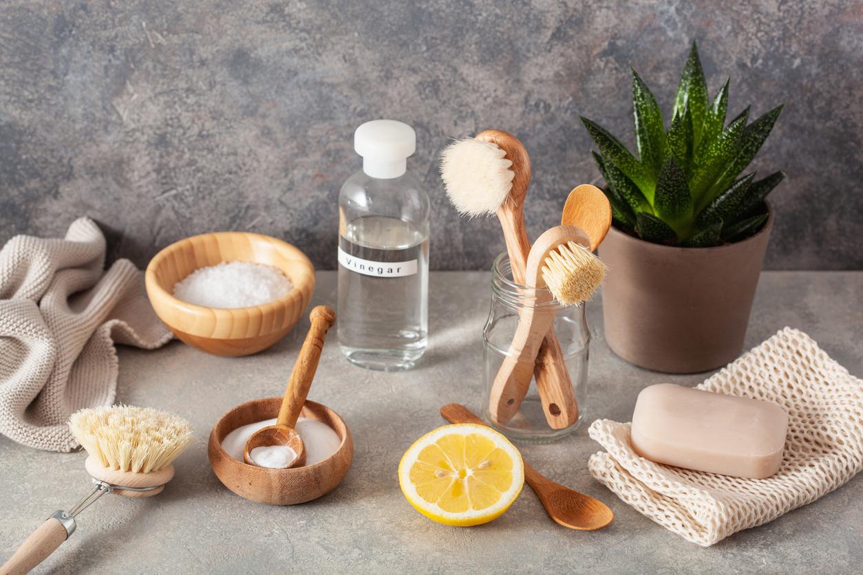 produits ménagers produits d'entretien naturels vinaigre bicarbonate